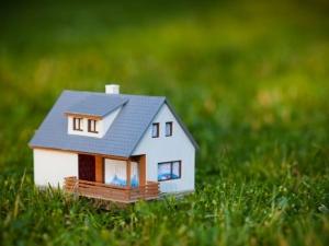Можно ли строить дом на землях сельхоз. назначения?