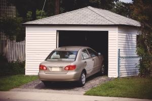 Сооружение гаража относительно улицы