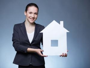 Кто платит риэлтору продавец квартиры или покупатель