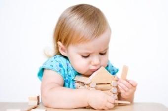 Когда необходимо согласие матери или отца на прописку ребенка?