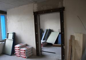 Можно ли в несущей стене сделать дверной проем