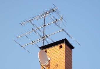 Как узнать, кто обслуживает коллективную телевизионную антенну?